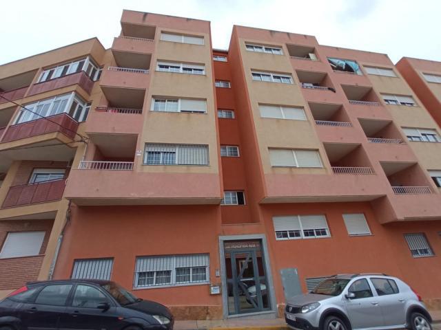Piso en venta en Piso en Mazarrón, Murcia, 84.000 €, 3 habitaciones, 2 baños, 78 m2