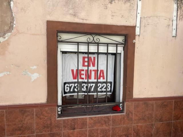 Casa en venta en Casa en la Cabezas de San Juan, Sevilla, 36.500 €, 3 habitaciones, 1 baño, 90 m2