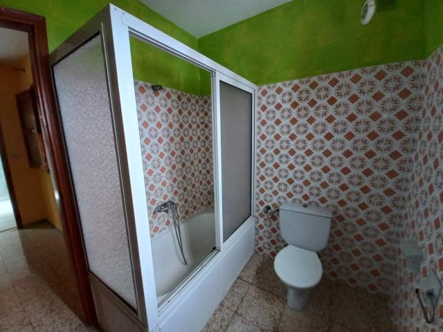 Casa en venta en Casa en Icod de los Vinos, Santa Cruz de Tenerife, 147.400 €, 3 habitaciones, 2 baños, 155 m2
