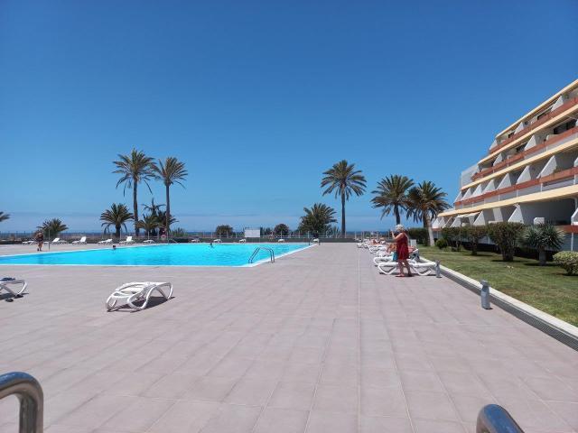 Piso en venta en Piso en Costa Silencio, Santa Cruz de Tenerife, 111.400 €, 1 habitación, 1 baño, 61 m2