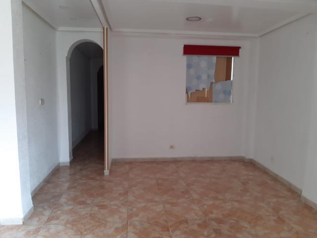 Piso en venta en Piso en Valencia, Valencia, 81.000 €, 1 m2