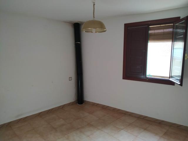Piso en venta en Piso en Retascón, Zaragoza, 35.000 €, 3 habitaciones, 1 baño, 144 m2