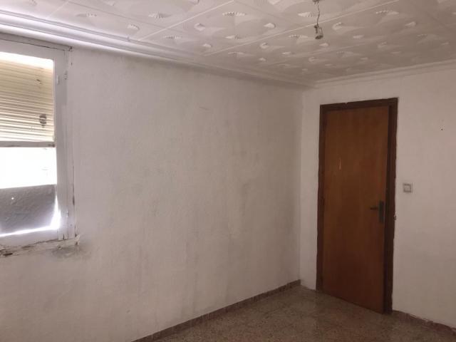 Piso en venta en Piso en Elda, Alicante, 42.000 €, 4 habitaciones, 1 baño, 108 m2