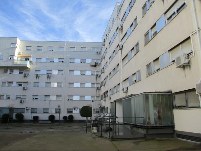 Piso en venta en Guadalcacín, Jerez de la Frontera, Cádiz, Plaza Eduardo Chillida, 85.000 €, 3 habitaciones, 2 baños, 118 m2