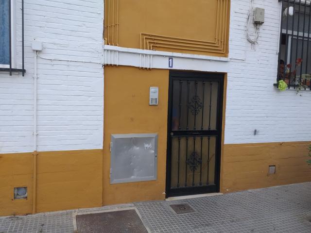 Piso en venta en San Juan del Puerto, San Juan del Puerto, Huelva, Barrio Celulosa, 68.000 €, 3 habitaciones, 2 baños, 100 m2
