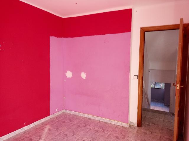 Piso en venta en Piso en Sabadell, Barcelona, 79.141 €, 2 baños, 84 m2