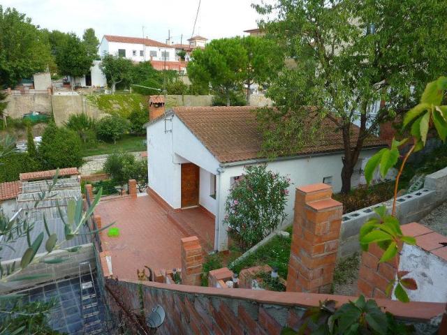 Casa en venta en Piera, Piera, Barcelona, Calle Reina Elisenda, 109.900 €, 2 habitaciones, 2 baños, 104 m2