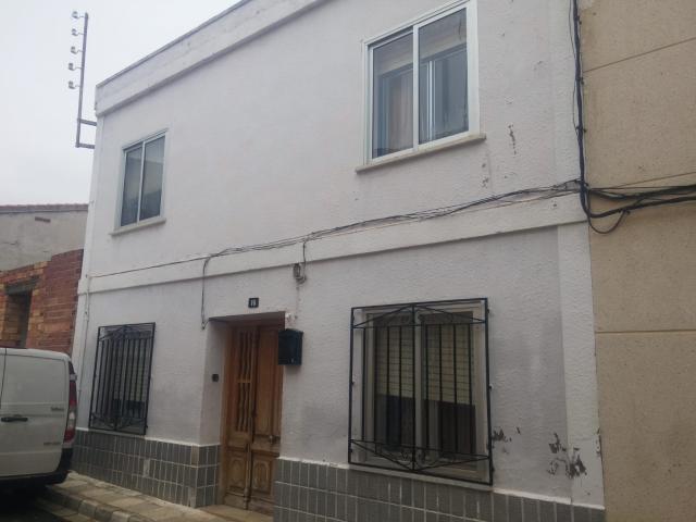 Casa en venta en Abengibre, Abengibre, Albacete, Calle Cruz, 48.000 €, 6 habitaciones, 1 baño, 221 m2