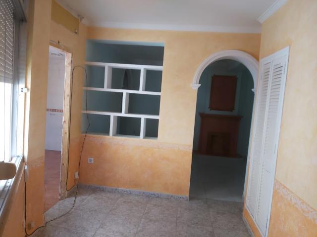 Piso en venta en Los Albarizones, Jerez de la Frontera, Cádiz, Calle Alboran Conjunto Residencial Nazaret, 69.750 €, 3 habitaciones, 1 baño, 82 m2