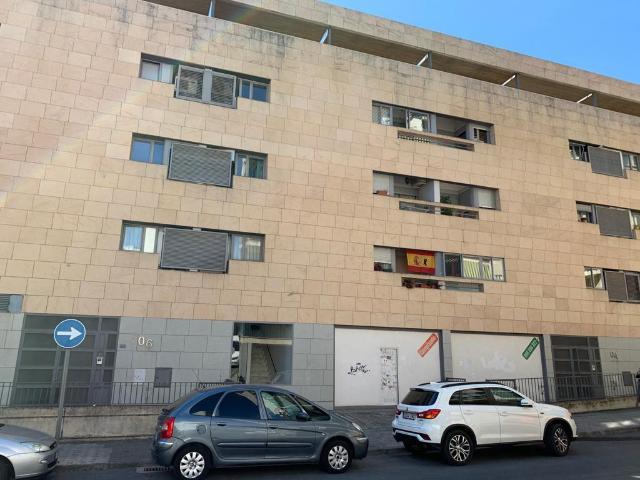 Local en venta en Miralvalle, Plasencia, Cáceres, Travesía Marqués de Ceballos, 365.000 €, 823 m2