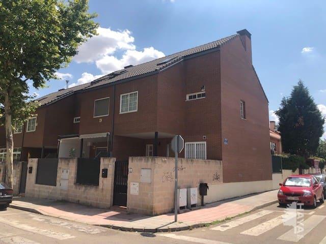 Piso en venta en El Restón, Valdemoro, Madrid, Calle Hispanoamerica, 288.100 €, 199 m2