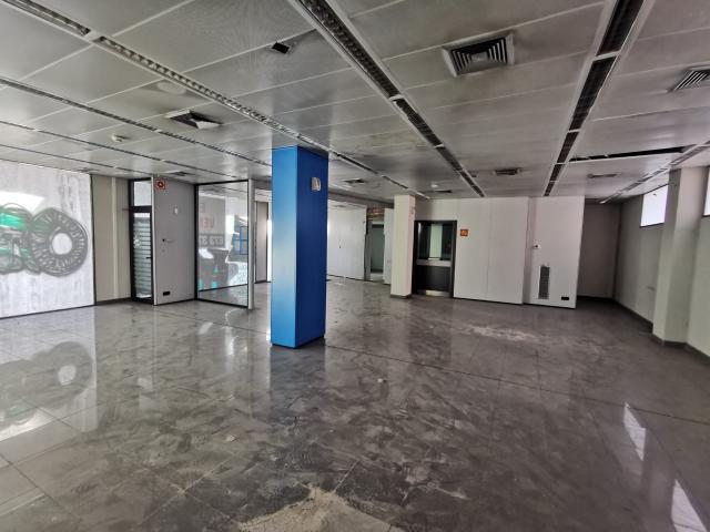 Local en venta en El Burgo de Ebro, Zaragoza, Zaragoza, Calle Miguel Servet, 254.900 €, 220 m2