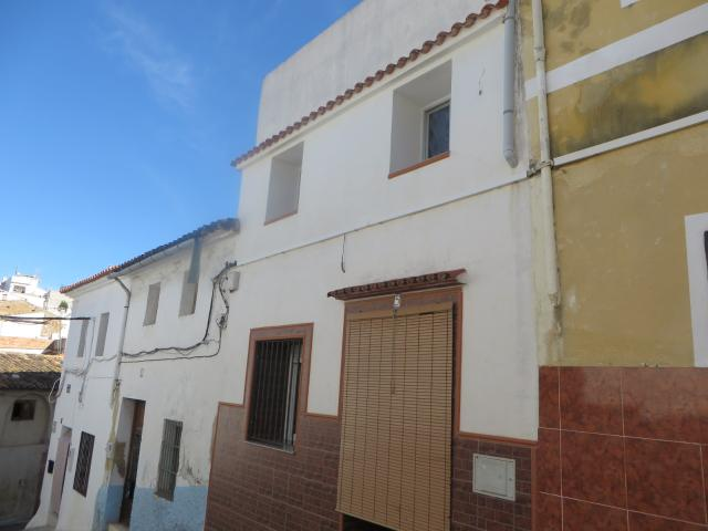 Casa en venta en Playa, Oliva, Valencia, Calle Canovas del Castillo, 66.500 €, 3 habitaciones, 2 baños, 167 m2