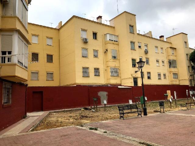 Piso en venta en Distrito Sur, Sevilla, Sevilla, Calle de la Mercedes, 84.500 €, 2 habitaciones, 1 baño, 39 m2