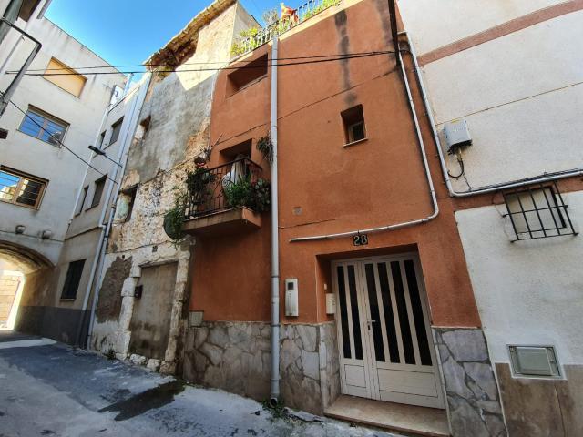 Casa en venta en Mas de Bocanegra, Ulldecona, Tarragona, Calle Roger de Lluria, 63.600 €, 1 habitación, 1 baño, 176 m2