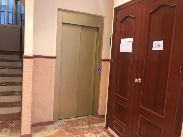 Piso en venta en Huelva, Huelva, Calle Alfonso Xiii, 88.800 €, 2 habitaciones, 1 baño, 82 m2