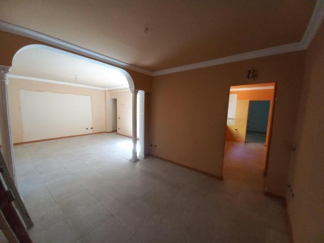 Piso en venta en Salud-la Salle, Santa Cruz de Tenerife, Santa Cruz de Tenerife, Calle Principe Ruyman, 85.600 €, 1 habitación, 1 baño, 133 m2