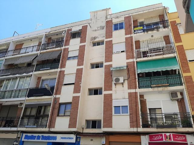 Piso en venta en Burjassot, Valencia, Calle Jose Carrau, 80.000 €, 99 m2