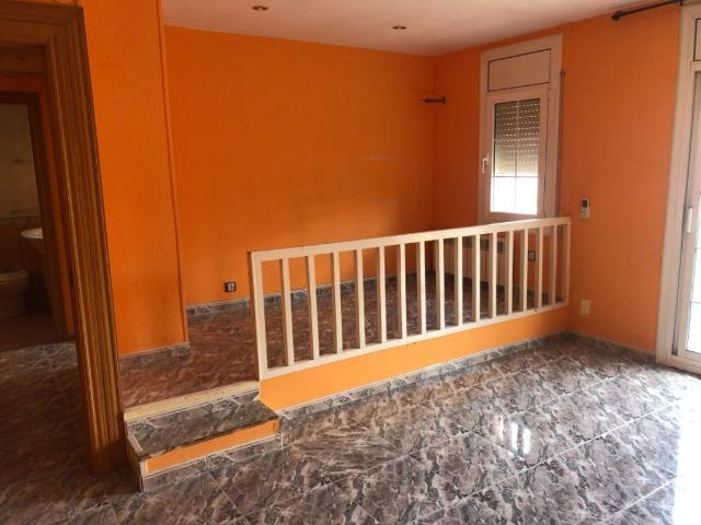 Piso en venta en Can Vila-seca, Santa Margarida de Montbui, Barcelona, Calle Santa Anna, 62.100 €, 3 habitaciones, 2 baños, 96 m2