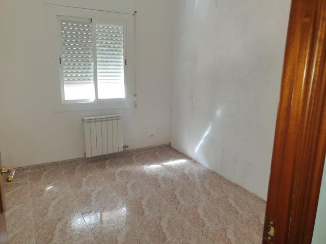Piso en venta en Cerdanyola Nord, Mataró, Barcelona, Calle Mare de Deu de la Cisa, 124.400 €, 3 habitaciones, 1 baño, 223 m2