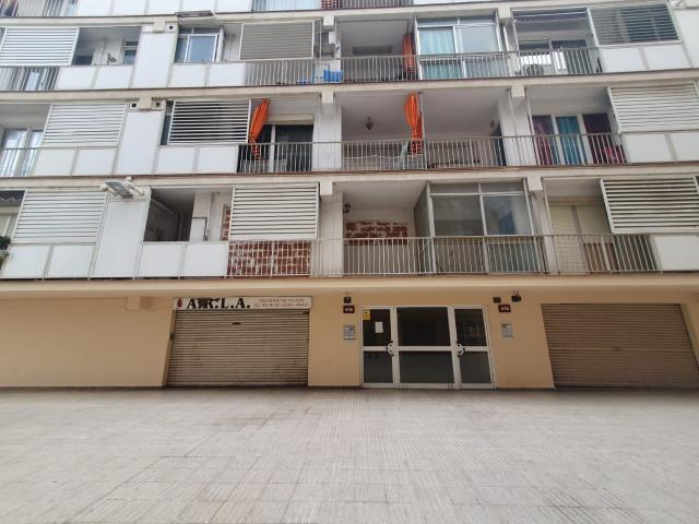 Piso en venta en Príncep de Viana - Clot, Lleida, Lleida, Calle Comtes Durgell, 53.653 €, 3 habitaciones, 1 baño, 84 m2