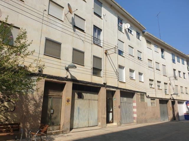 Piso en venta en Huesca, Huesca, Calle Perena, 70.000 €, 59 m2