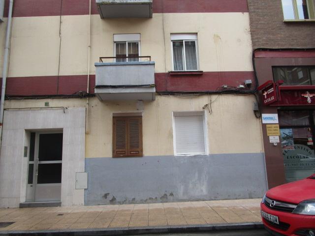 Piso en venta en Allende, Miranda de Ebro, Burgos, Calle Rosales, 29.244 €, 2 habitaciones, 1 baño, 63 m2