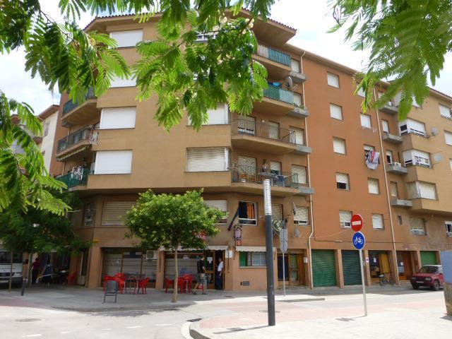 Piso en venta en Banyoles, Banyoles, Girona, Calle Barcelona, 50.178 €, 4 habitaciones, 1 baño, 85 m2