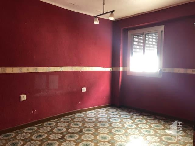 Piso en venta en Aldaia, Valencia, Calle Archiduque Carlos, 66.700 €, 4 habitaciones, 2 baños, 84 m2