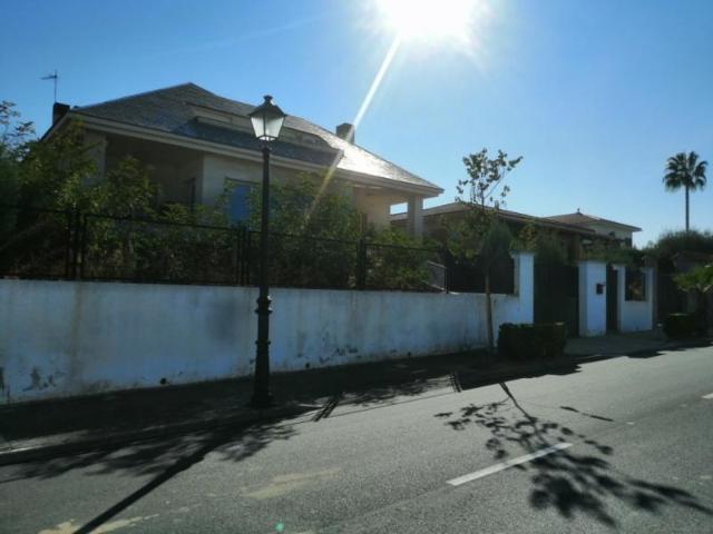 Casa en venta en Urbanización Altos del Golf, Badajoz, Badajoz, Calle Golf Guadiana, 360.000 €, 4 habitaciones, 3 baños, 465 m2