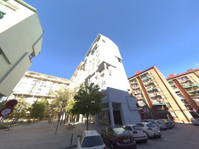 Piso en venta en Piso en Sabadell, Barcelona, 99.900 €, 3 habitaciones, 1 baño, 82 m2