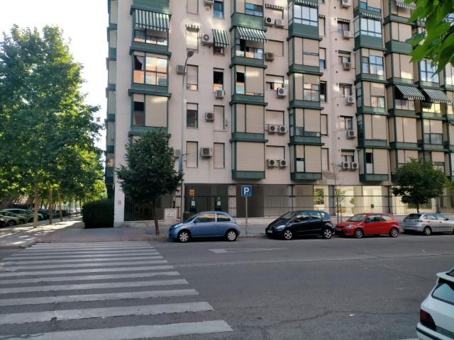 Piso en venta en Usera, Madrid, Madrid, Calle Periana, 180.000 €, 2 habitaciones, 1 baño, 71 m2