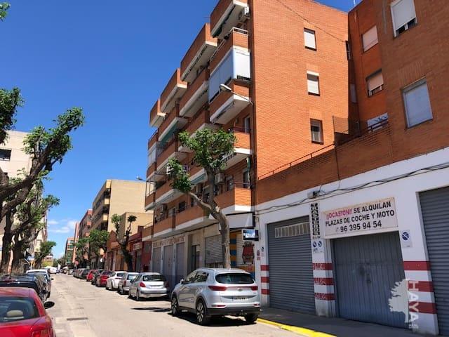 Piso en venta en Benetússer, Valencia, Calle Marques del Turia, 74.015 €, 3 habitaciones, 1 baño, 94 m2