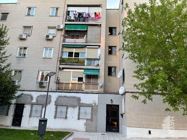 Piso en venta en Navalcarnero, Madrid, Paseo Estacion, 98.500 €, 3 habitaciones, 1 baño, 82 m2