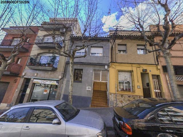 Piso en venta en Mataró, Barcelona, Calle Valencia, 115.000 €, 105 m2