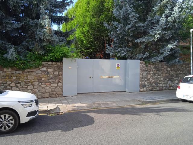 Casa en venta en La Seu D`urgell, Lleida, Calle General Morages, 590.000 €, 478 m2