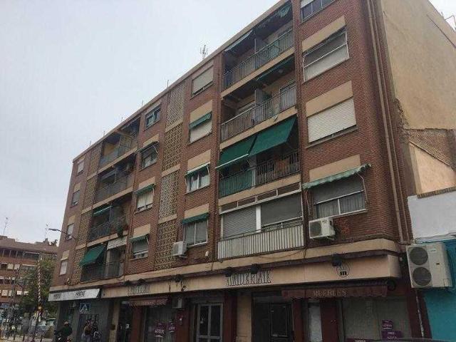 Piso en venta en Burjassot, Valencia, Avenida Ausias March, 70.288 €, 3 habitaciones, 1 baño, 84 m2