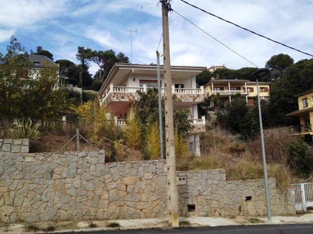 Casa en venta en Llinars del Vallès, Llinars del Vallès, Barcelona, Calle Bagur, 256.000 €, 6 habitaciones, 2 baños, 223 m2