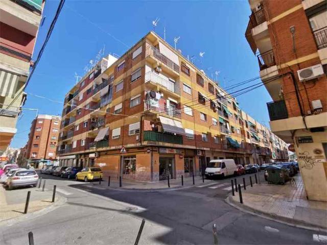 Piso en venta en Catarroja, Valencia, Calle Alicante, 34.600 €, 2 habitaciones, 1 baño, 89 m2