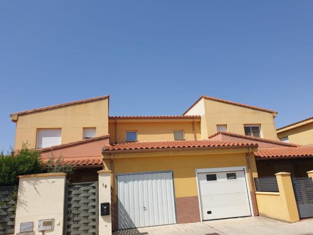 Casa en venta en Villaralbo, Zamora, Calle Felix Rodriguez de la Fuente, 145.000 €, 250 m2