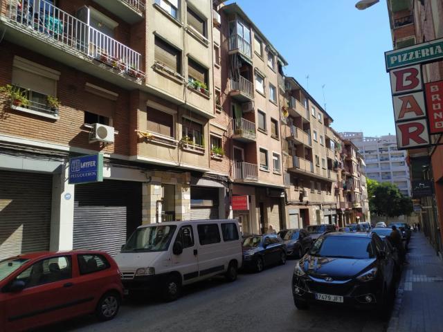 Piso en venta en Paridera de Gómez, Zaragoza, Zaragoza, Calle Juan Cabrero, 69.600 €, 3 habitaciones, 1 baño, 71 m2