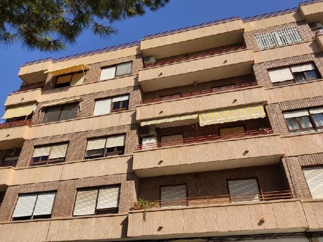 Piso en venta en Centro, Almoradí, Alicante, Calle Menendez Pidal, 58.000 €, 4 habitaciones, 2 baños, 117 m2