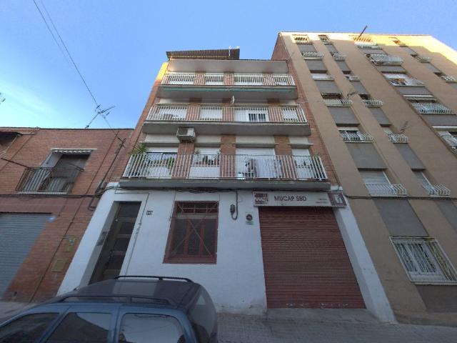 Piso en venta en Parc Central, Sabadell, Barcelona, Calle Nadal, 94.900 €, 2 habitaciones, 1 baño, 70 m2