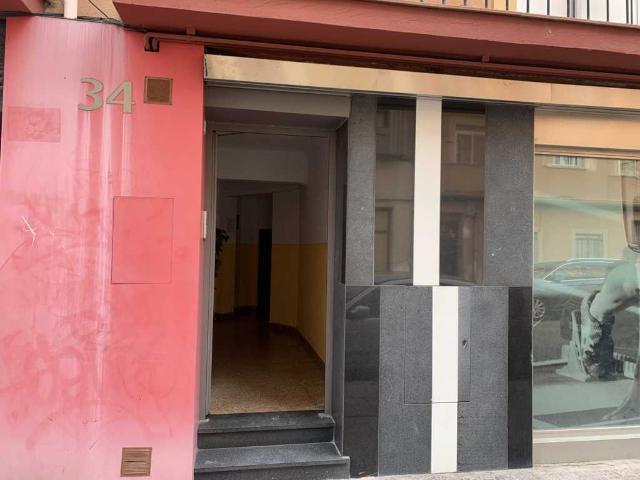 Piso en venta en Vadillos, Burgos, Burgos, Calle Padre Melchor Prieto, 85.700 €, 3 habitaciones, 1 baño, 90 m2