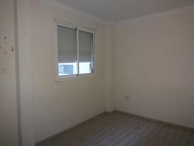 Piso en venta en Piso en Jerez de la Frontera, Cádiz, 60.400 €, 2 habitaciones, 1 baño, 68 m2