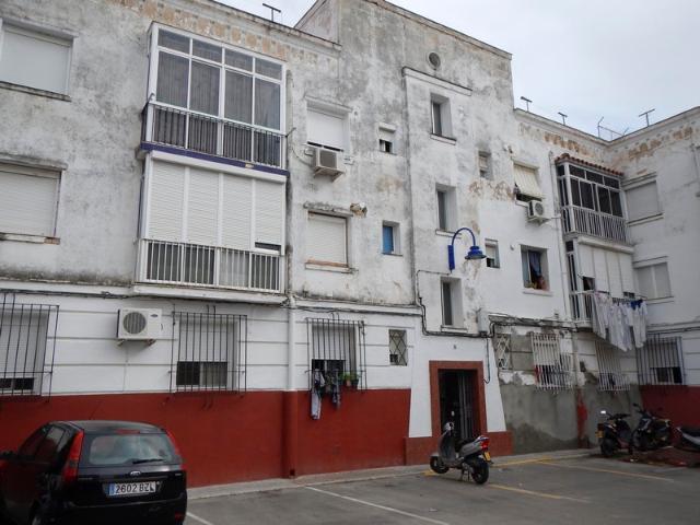 Piso en venta en Puerto Real, Cádiz, Calle Villa de Bilbao, 39.000 €, 2 habitaciones, 1 baño, 62 m2