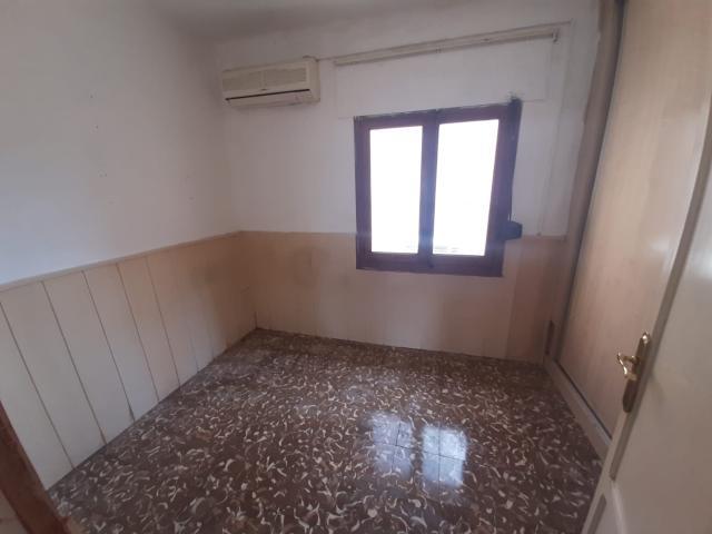 Piso en venta en Piso en L` Alcora, Castellón, 39.900 €, 3 habitaciones, 1 baño, 85 m2