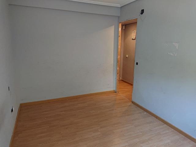 Piso en venta en Piso en Pinto, Madrid, 109.000 €, 3 habitaciones, 1 baño, 83 m2