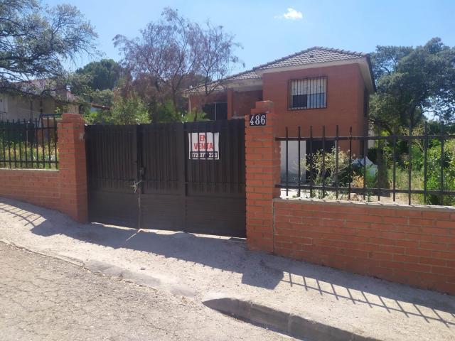Casa en venta en Sotoalberche Fuenteromero, Hormigos, Toledo, Calle Canario, 65.000 €, 3 habitaciones, 2 baños, 128 m2