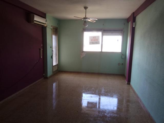 Piso en venta en Piso en Valencia, Valencia, 112.500 €, 3 habitaciones, 1 baño, 104 m2